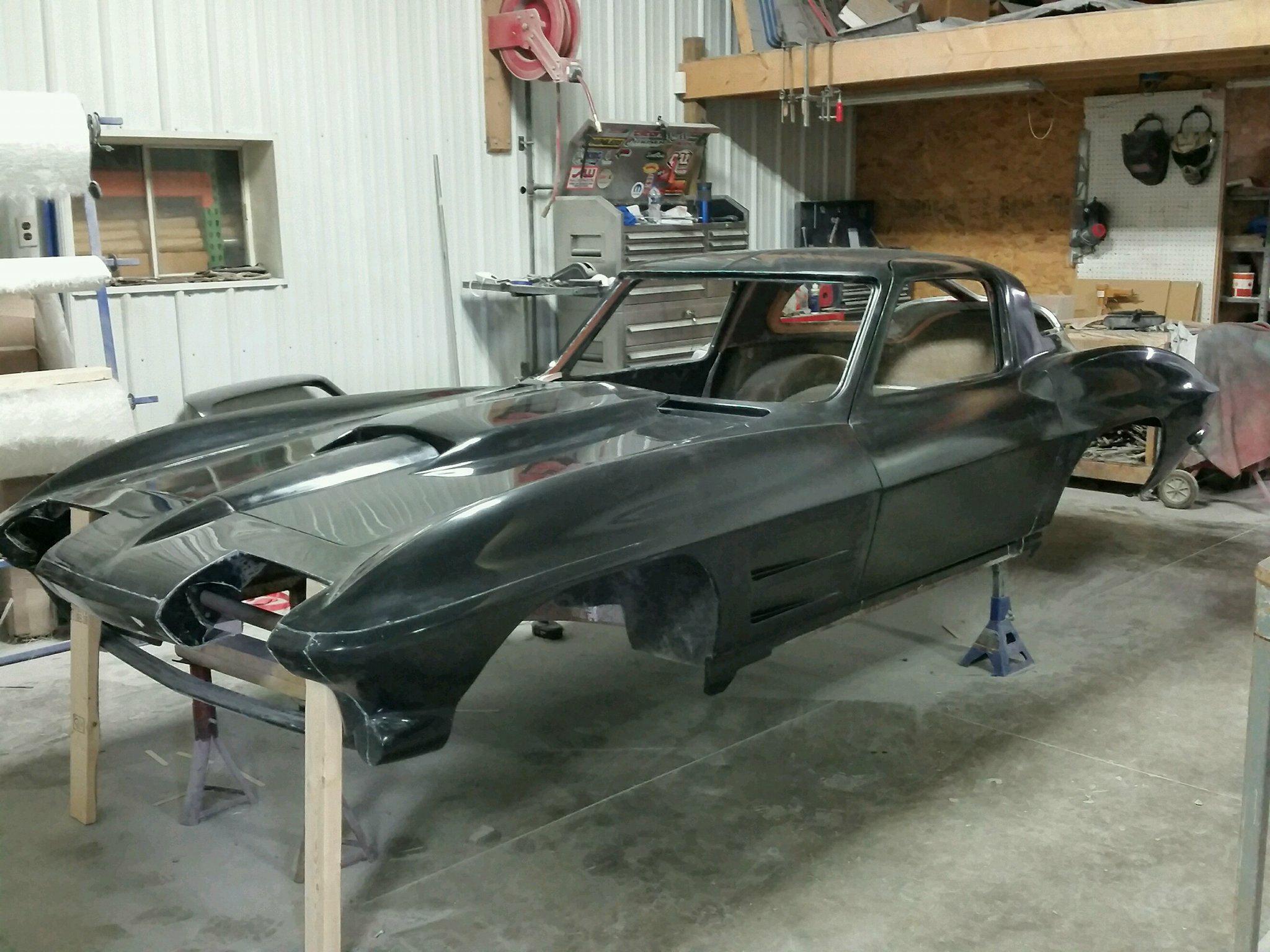O on C4 Corvette Body Parts